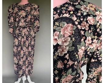 a24bb2ad26 Vintage 80s Floral Midi Dress Cotton Ed Michaels Looks Like Laura Ashley  Big Shoulders