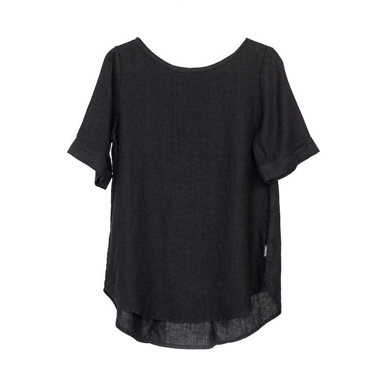Loose-fitting Blouse Washed Linen Blouse in Black Luisa Linen Clothing for woman. pleat decoration on the back Linen Top for woman