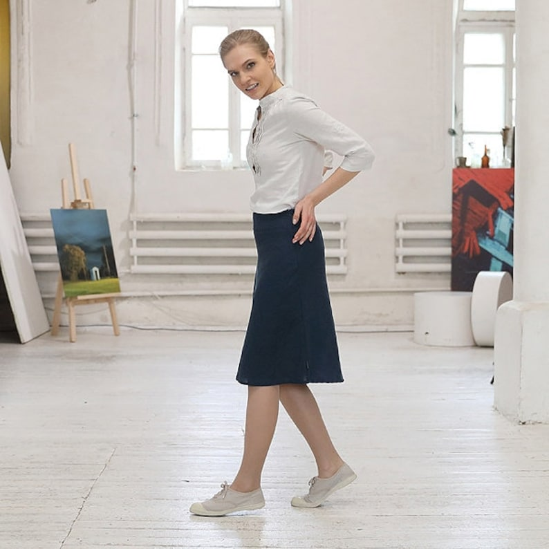 Linen Skirt Indigo Alma *A-Line Knee length *Available in 10 colors *Made of pure linen