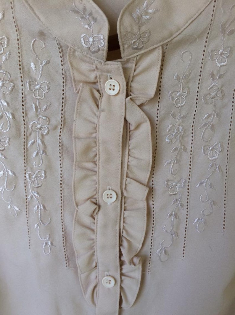 BEIGE ORIENTAL BLOUSE \u2022 button up \u2022 vintage \u2022 counterparts \u2022 size 18 \u2022 ruffle frill detail