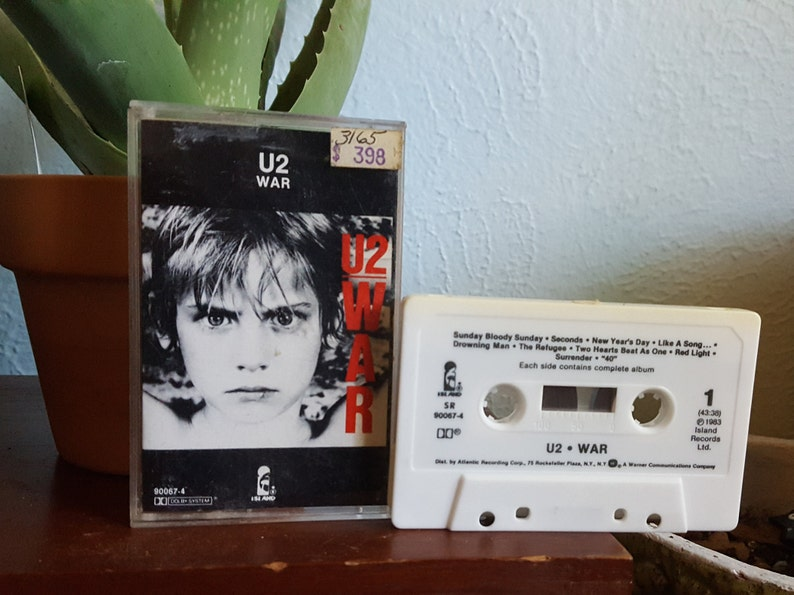 U2 (CASSETTE Tape) - War (ORIGINAL '83/Sunday Bloody Sunday/New Year's  Day/40/Two Hearts Beat As One)