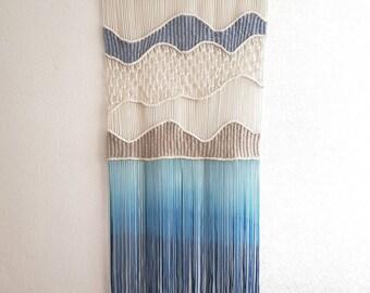 Macrame Wallhanging 'Waves'