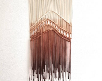 Macrame Wallhanging 'Hungry Hill'
