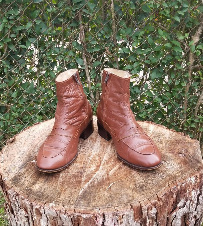 f01de6968a8 Sz. 10.5 Leather Ankle Zip Up boots/Brown/ Vintage 80's