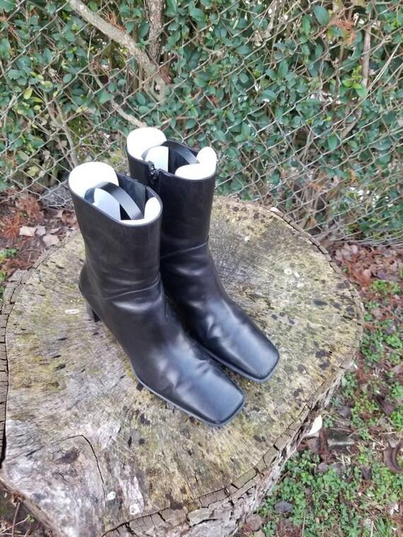90s Vintage Leather Via Spiga Ankle Boots/Black It