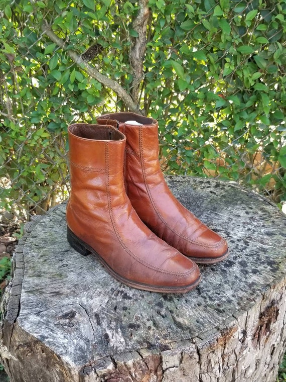 Vintage 1970's Brown Leather Ankle Boots/ Beatles