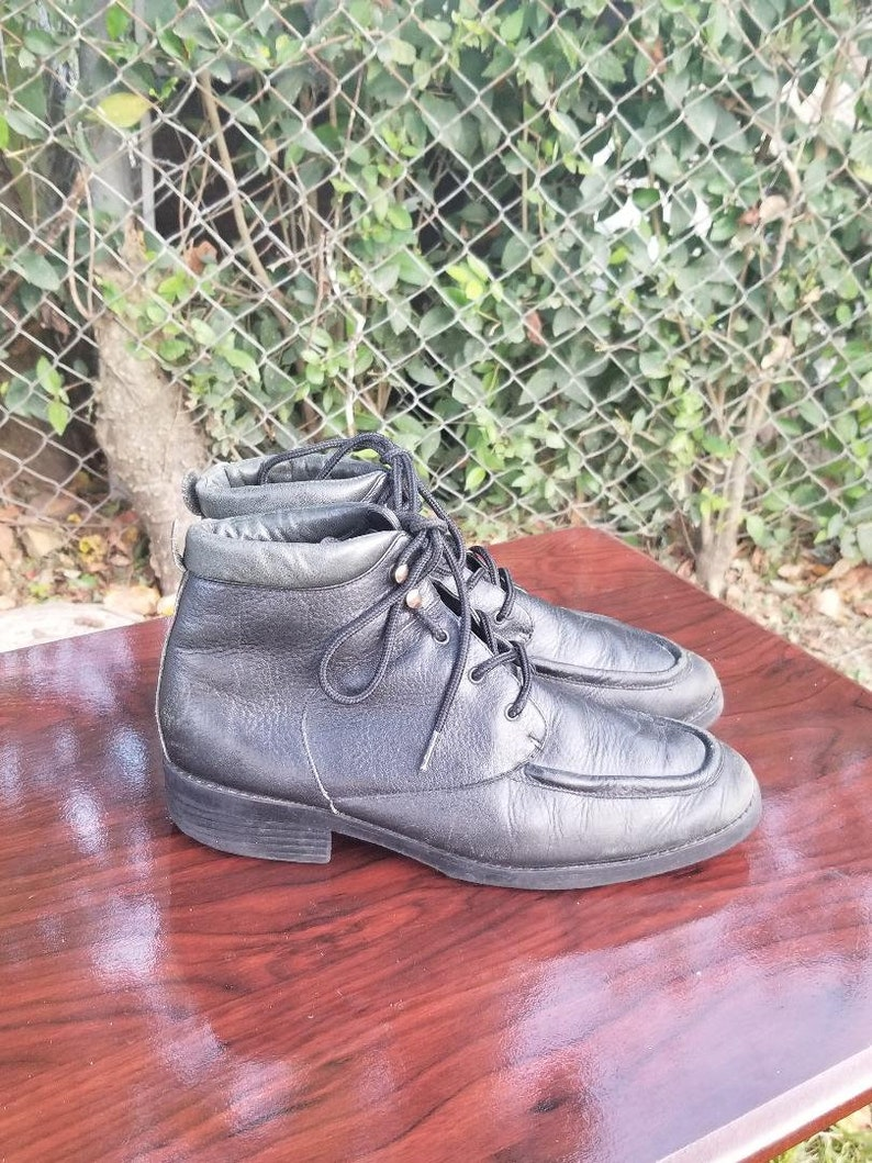 Sz 10 Vintage Ankle Boot Lace Up Boots70s 80s era HipsterWoodstock