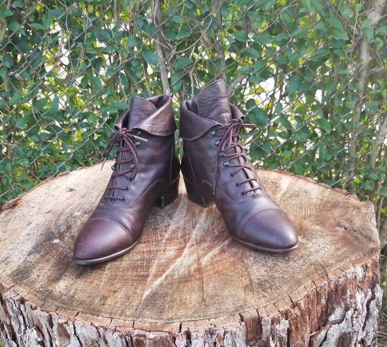 921ae96c1f012 Sz. 8.5 Brown leather Lace Up Ankle Boots/Granny Boots/Pixie Boots/Vintage