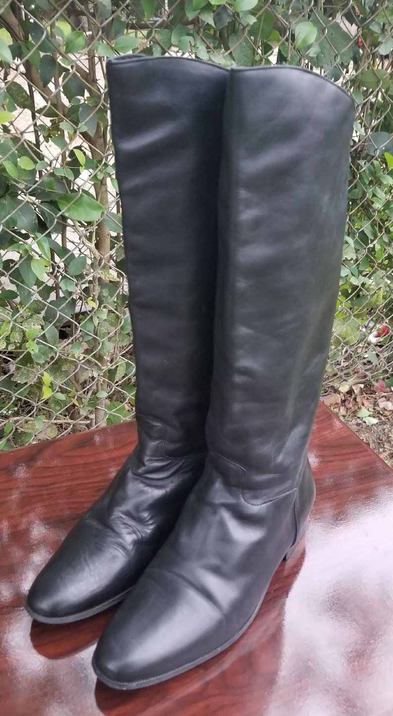 e0a4736604ae9 Sz. 11 Tall Black Leather Riding Boots By Naturalizer/Vintage 90's