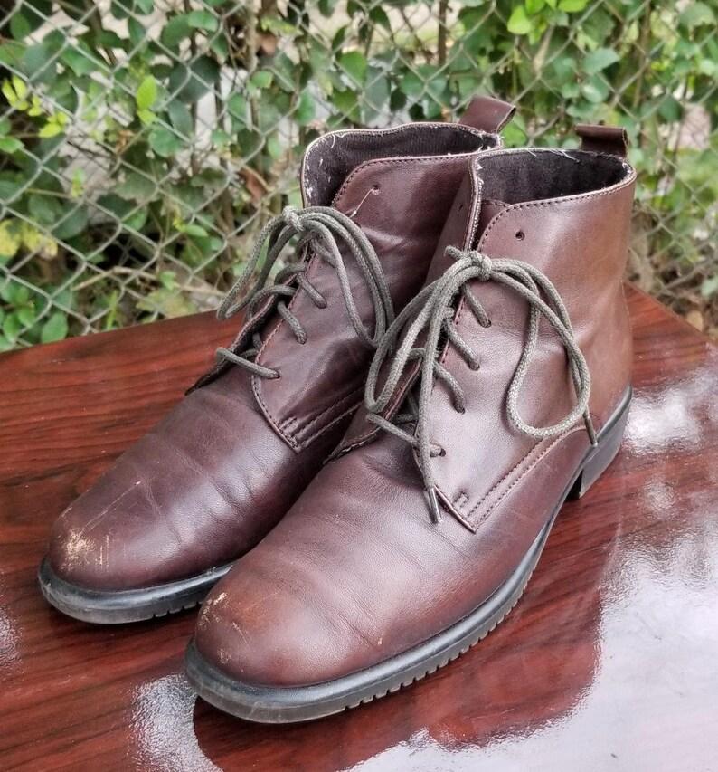 b2e0e25b011fc Sz. 8 Vintage Ankle Boots/Booties/ Granny/Vintage 1980's/Slip Resistance  Rubber Soles/Lace Up/Tie Up