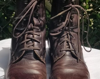 Sz. 6 Vintage Leather Lace Up Boots 1990's