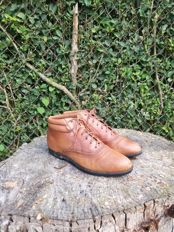 Sz 10 Vintage Leather Booties/Ankle Boots/Lace Up/