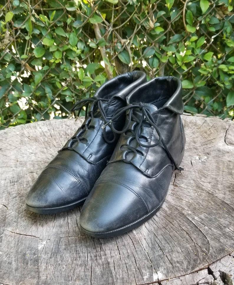 4b4b915d53cb7 Vintage Ankle Boots/Black Lace Ups/Granny Boots/Pixie Boots Size 8