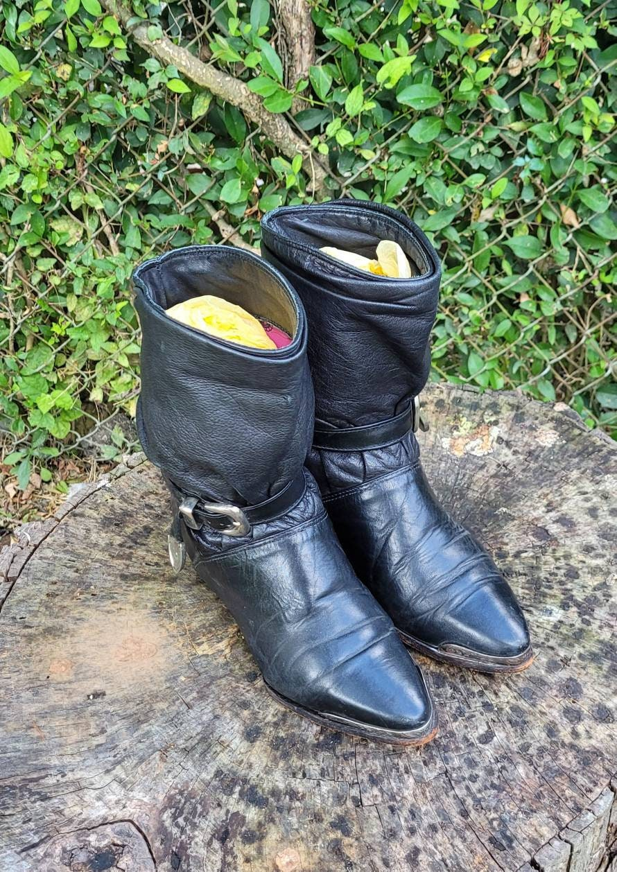 80s Dresses | Casual to Party Dresses Vintage Slouch Boots. Size 6 Short Black Genuine Leather 1980S Women Flat, Slouchy Ankle Boots By ZodiacWestern Style Booties $55.30 AT vintagedancer.com