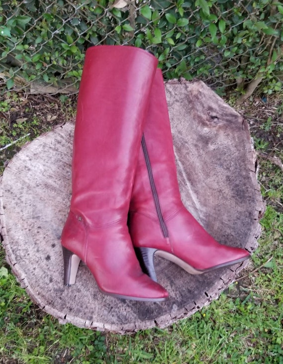 Sz. 6M Woman's Tall Riding Boots/1970's Genuine Le