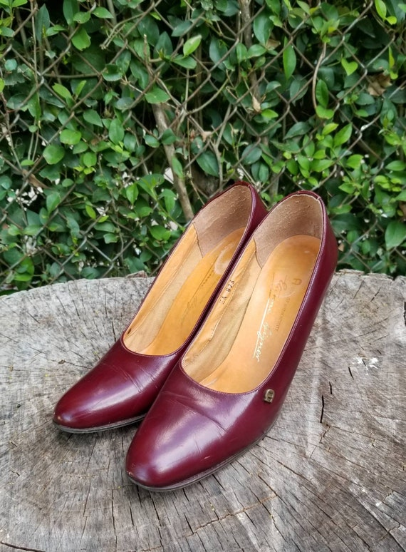 Vintage Leather Pumps/Italian Made 80s Style Pumps