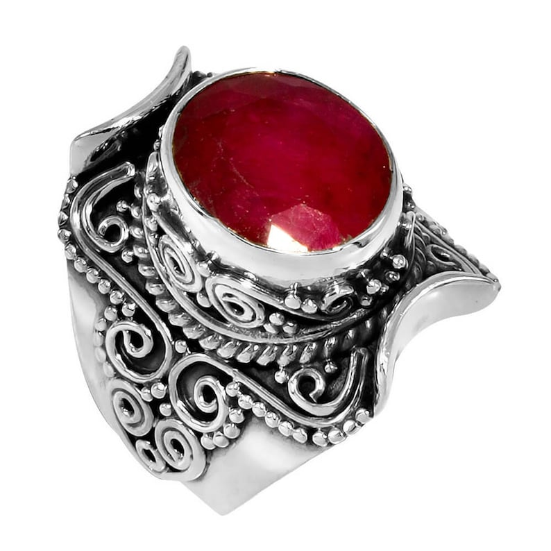 Faceted Kashmir Ruby Gemstone Statement Ring For Girls Fabulous Vintage Jewelry Natural Gemstone Handmade 925 Sterling Silver Ring Size 6.25