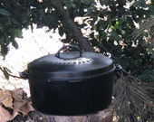 Vintage Wagner Ware Sidney O 10 Cast Iron Round Roaster Drip Drop Baster and Lid