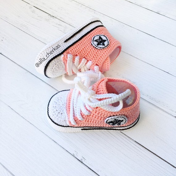 Crochet Converse All star baby booties, Crochet Converse shoes, sneakers allstar