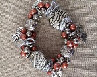 ladies Freshwater Pearl chunky charm bracelet
