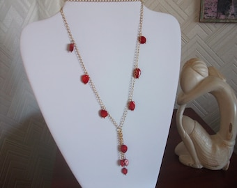 Gold colour chain with Coral drops