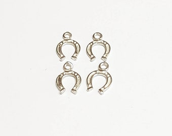 4 Tiny silver horse shoe charm - Good Luck Charms Antique Silver Tone - Horseshoe Charms - 6*11mm