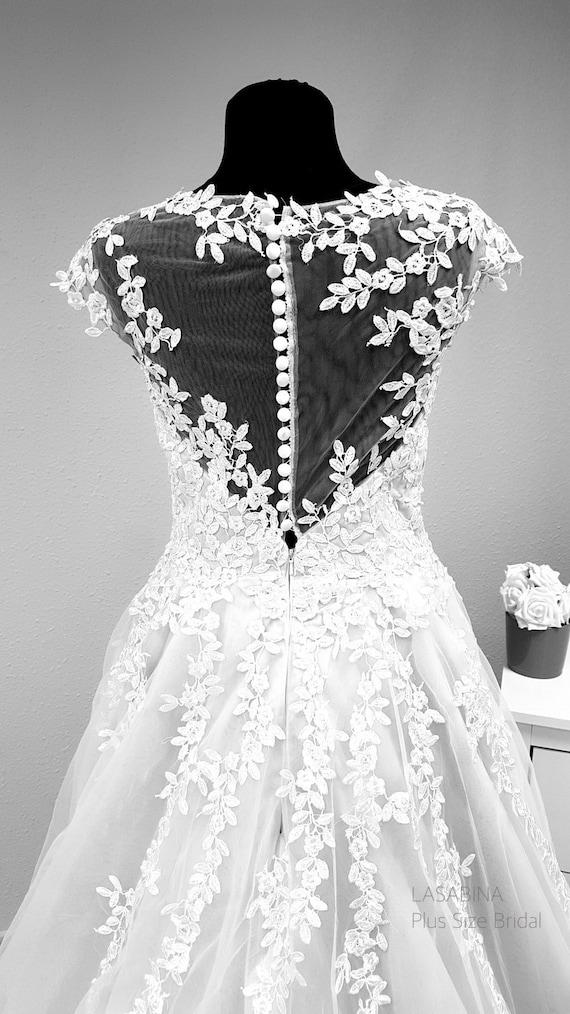 Plus size wedding dress, boho wedding dress, bohemian wedding dress