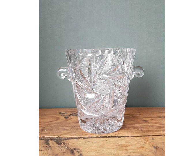 Old ice bucket