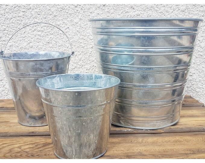 Trio metal pots
