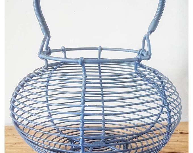 Vintage salad basket