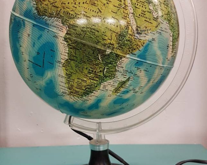 Bright globe, vintage world map