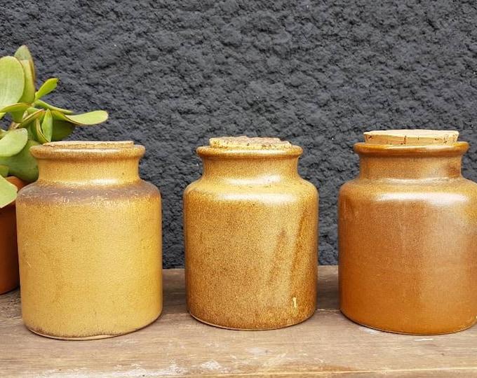 Sandstone pot series