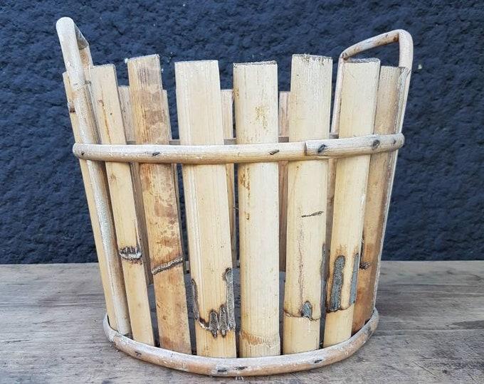 Bamboo pot cover