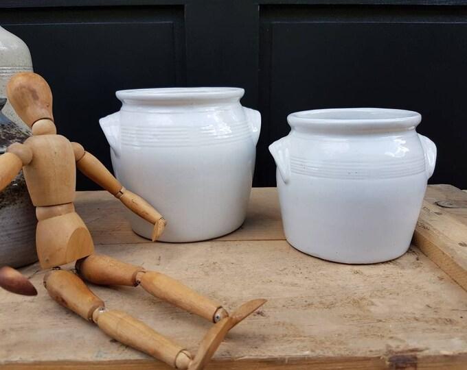 Duo sandstone pots