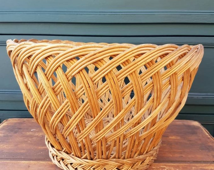 Basket, rattan pot cache