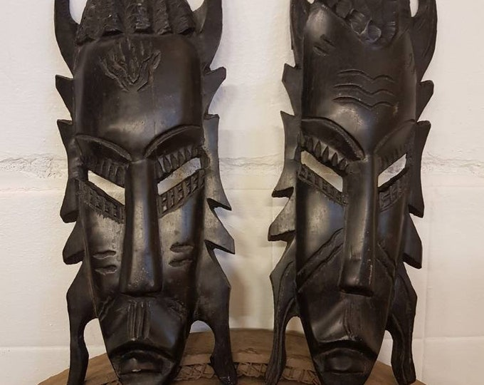 Duo black wood ethnic mask