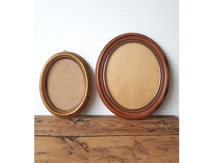 Oval frame duo