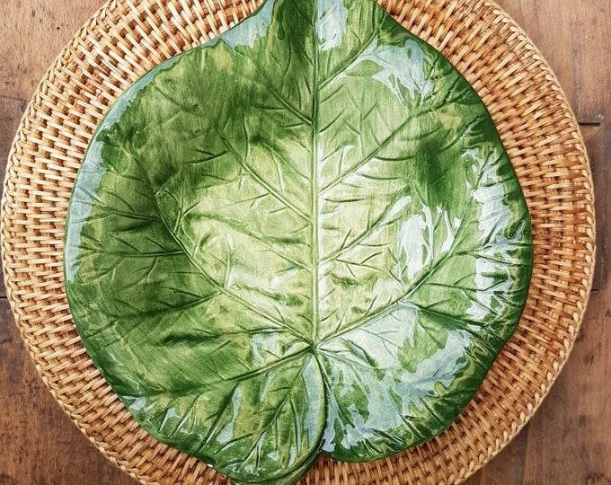 Bassano leaf pottery dish