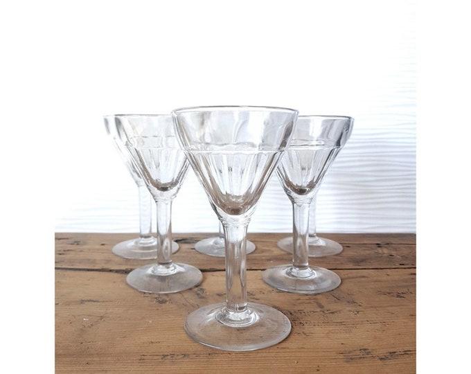Service 6 glasses
