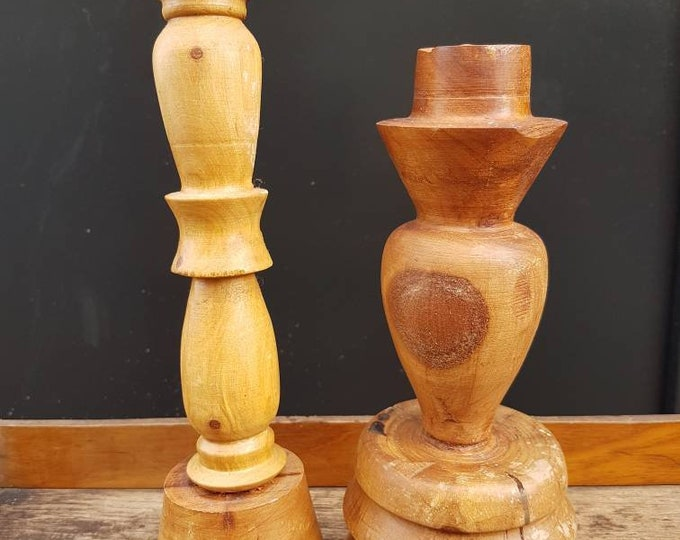 Duo candlesticks wood