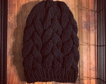 Braided cable black beanie