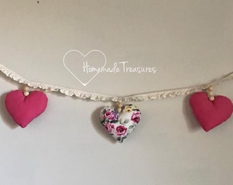 Country rose heart garland