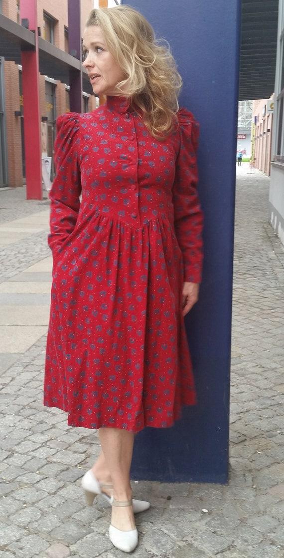 True Vintage Laura Ashley Kleid Cordkleid Herbstkl