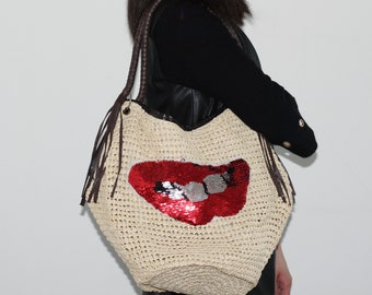 c9c06525c6fa Plus Size Natural Basket PP Strass PU Leather Straw Bag with Red Kiss  Sequins