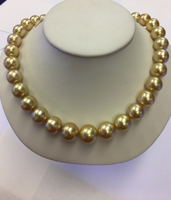 Gold Freshwater Pearls 11x14mm  No spots, 14k Gold Clasp