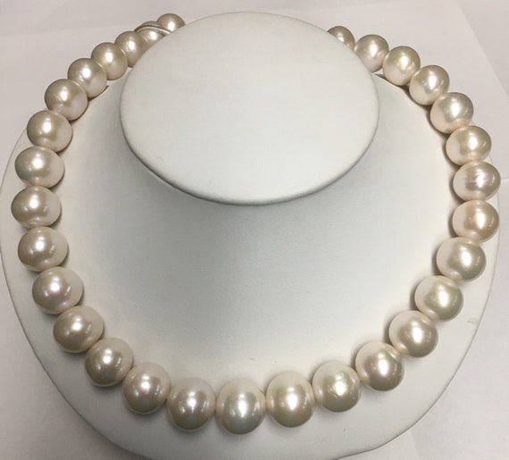 14.5x12mm Cultured Freshwater Pearls  Round , Good luster , Great Matches