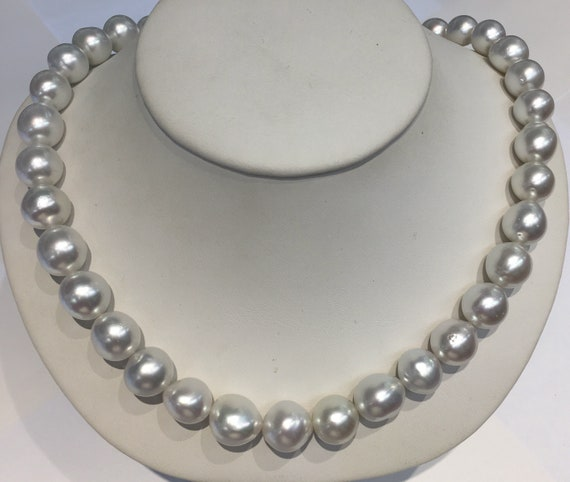 """South Sea Pearl Necklace  17""""    9.2x 12.2mm  14k Gold Clasp"""