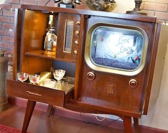 Vintage 1950s Radio/TV Cabinet   Bar / Fish Tank / Book / Display