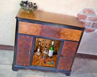 Vintage 1950s Radio Cabinet   Bar / Book / Display