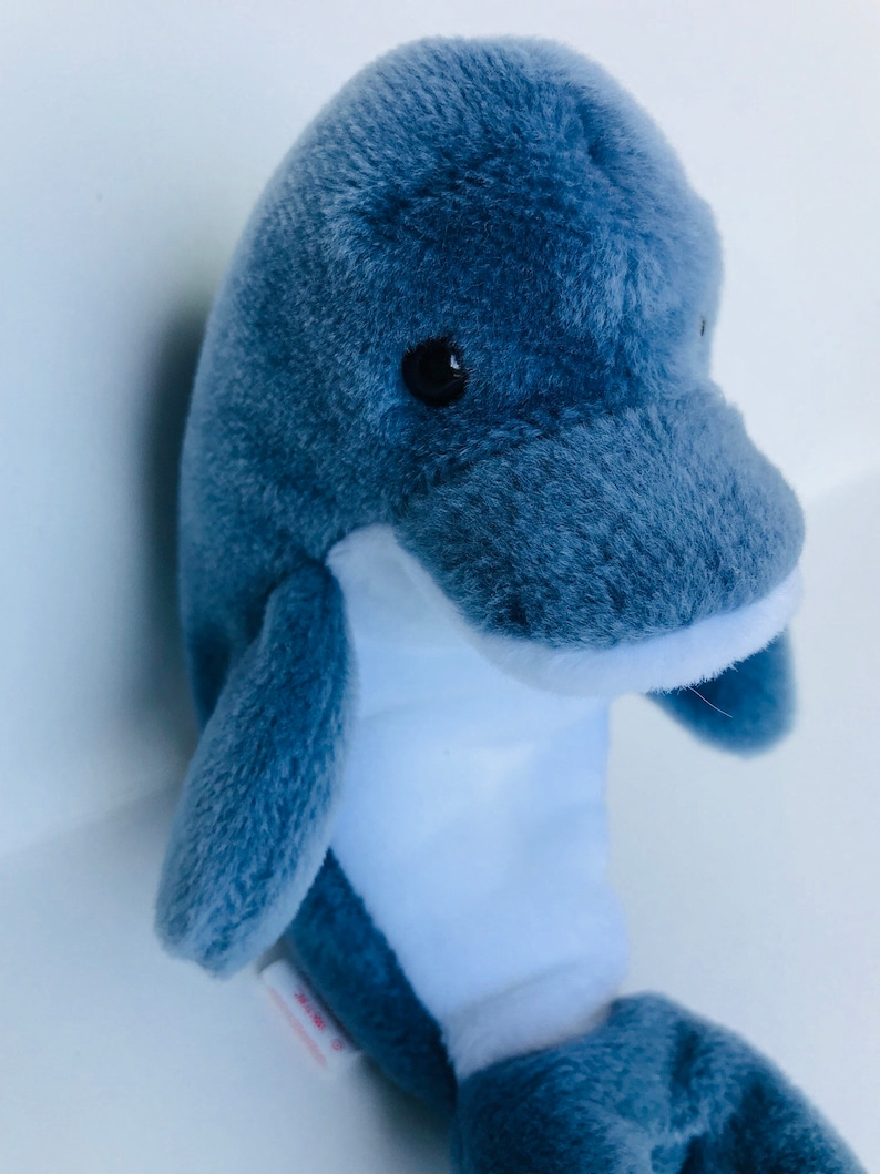 9b63067d8d1 Vintage Dolphin Echo ty toy retired stuffed ty beanie babies